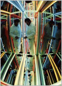Volker Bussmann Künstler Kunst Licht Installation Klone Im Paternoster
