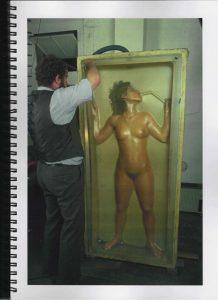Volker Bussmann Künstler Akt Making Of Spritzfrottage Technik Nude Studio 9